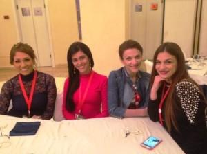da sx Arantza (Bolivia) Kristina (Porto Rico), Ivana (Macedonia), Esterina (Italia)